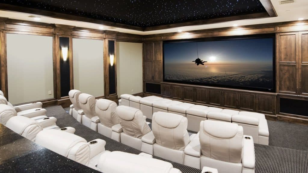 Why Should You Hire Experts To Build A Custom Home Theatre System