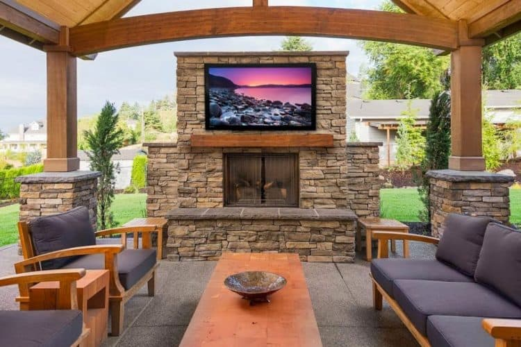 How to Customize Outdoor Entertainment Set up